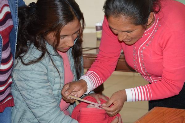 Huancayo-ComHlthAgents_Bili-ruler-close