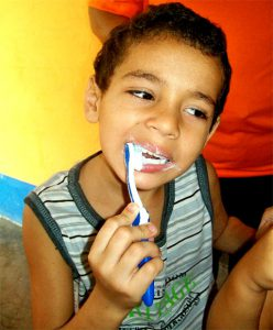 boy-brushing-teeth