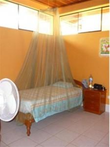 My room in the casa de espera